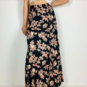 Vintage high rise floral pleated maxi skirt m